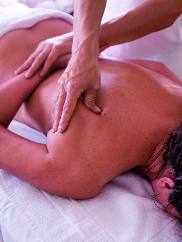 relaxing massage brisbane rnt